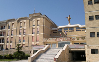L'associazione arma aeronautica fa visita al pediatrico di Galatina
